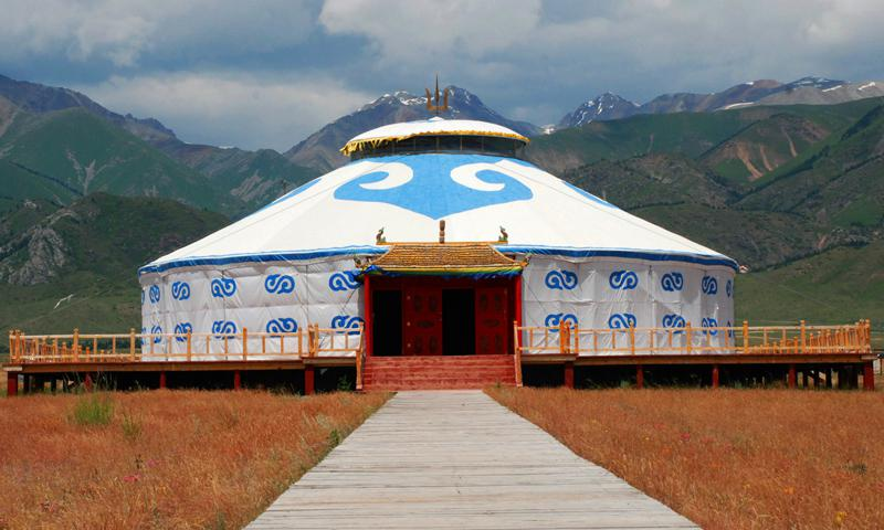 蒙古包制作工艺介绍:调整架木